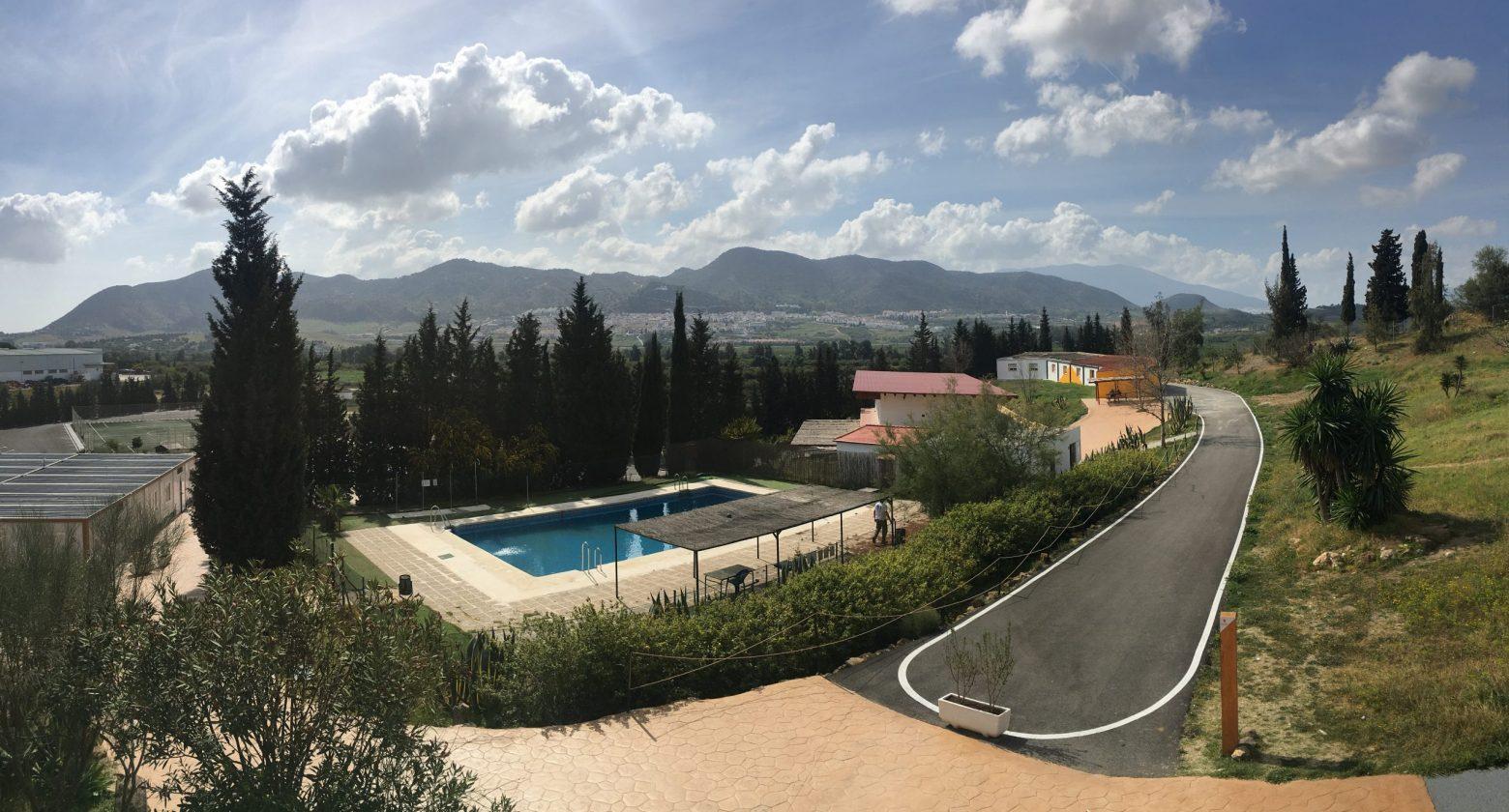Vistas de la piscina y secundaria